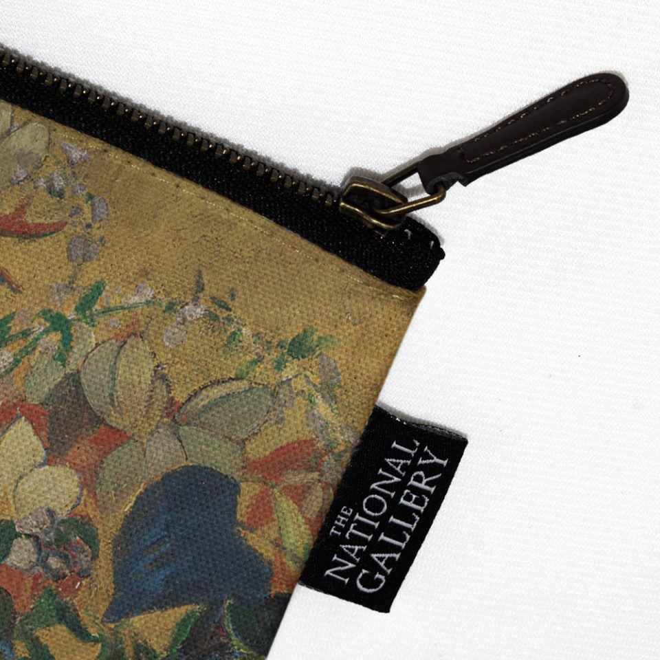 NATIONAL GALLERY A VASE OF FLOWERS PAUL GAUGUIN COSMETIC BAG LABEL CLOSE UP Paul Bristow Collections